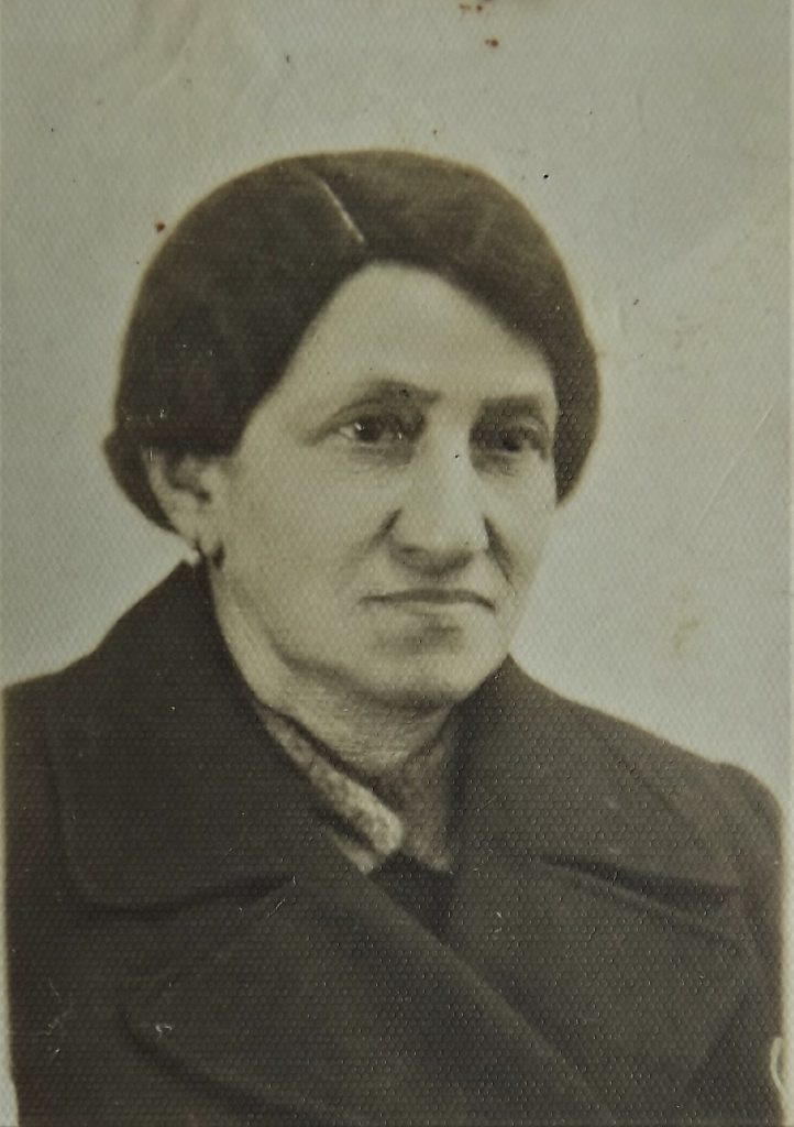 Ettel Landau nee  Wietschner, grandmother of  Dov Landau, murdered in Auschwitz in 1943
