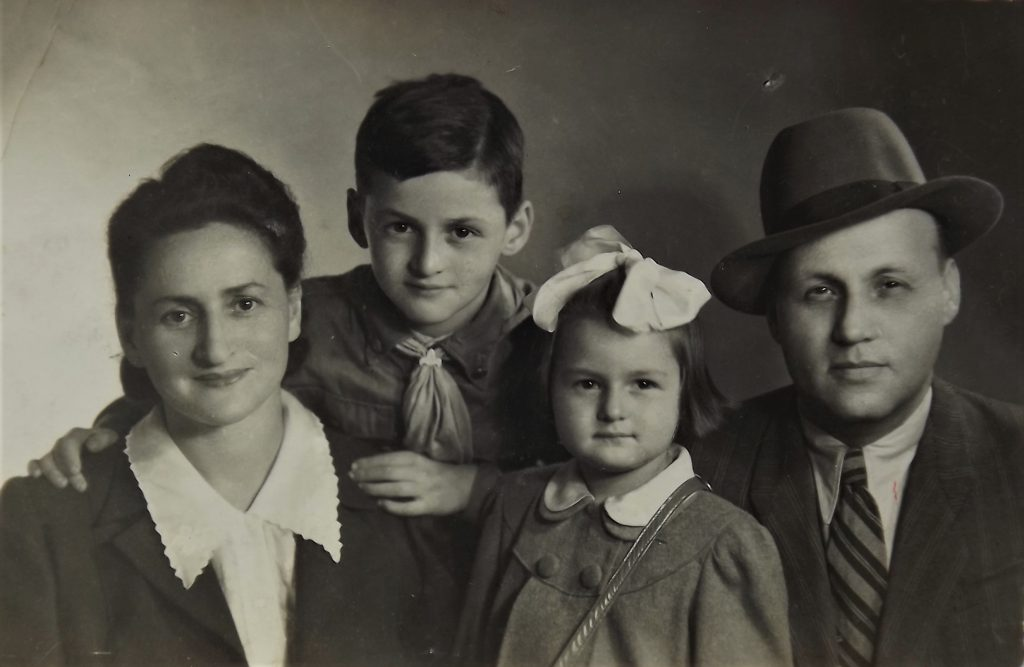 Rywka Ferber, aunt of Dov Landau,  the only family member who survived the Holocaust;  1947, Kraków